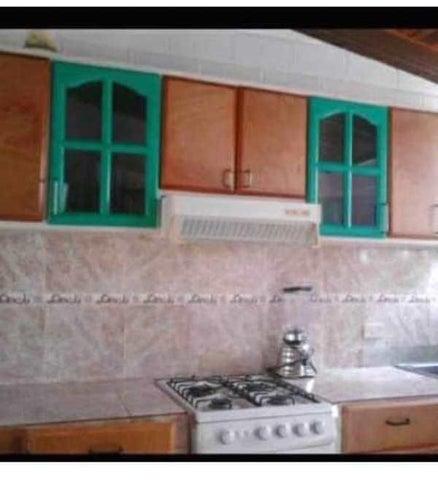 Casa Aragua>Cagua>Prados de la Encrucijada - Venta:7.000 Precio Referencial - codigo: 19-10961
