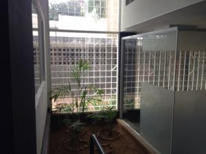 Oficina Zulia>Maracaibo>Tierra Negra - Alquiler:300 Precio Referencial - codigo: 19-10998