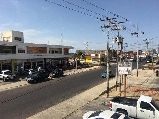 Local Comercial Falcon>Punto Fijo>Puerta Maraven - Alquiler:300 Precio Referencial - codigo: 19-11053
