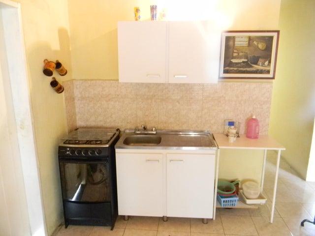 Casa Portuguesa>Acarigua>Centro - Venta:7.500 Precio Referencial - codigo: 19-11085
