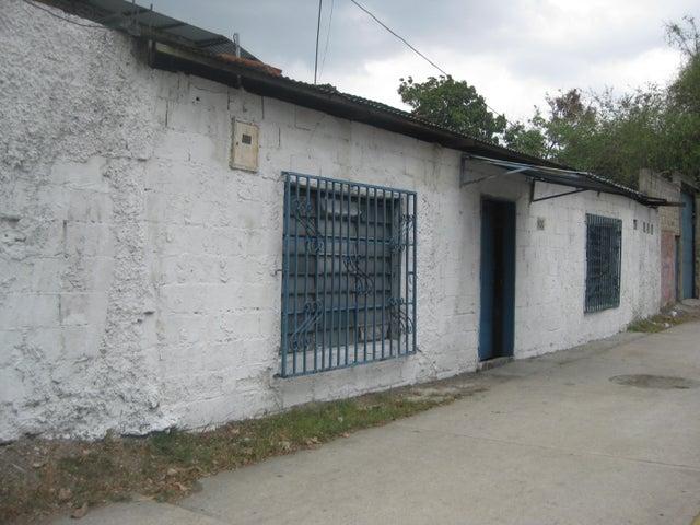 Casa Aragua>Maracay>Avenida Fuerzas Aereas - Venta:4.000 Precio Referencial - codigo: 19-11063