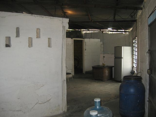 Casa Aragua>Maracay>Avenida Fuerzas Aereas - Venta:4.200 Precio Referencial - codigo: 19-11063