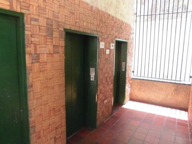 Apartamento Miranda>San Antonio de los Altos>Sierra Brava - Venta:55.000 Precio Referencial - codigo: 19-11145