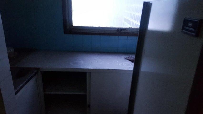 Apartamento Distrito Metropolitano>Caracas>Parroquia Catedral - Alquiler:250 Precio Referencial - codigo: 19-11160