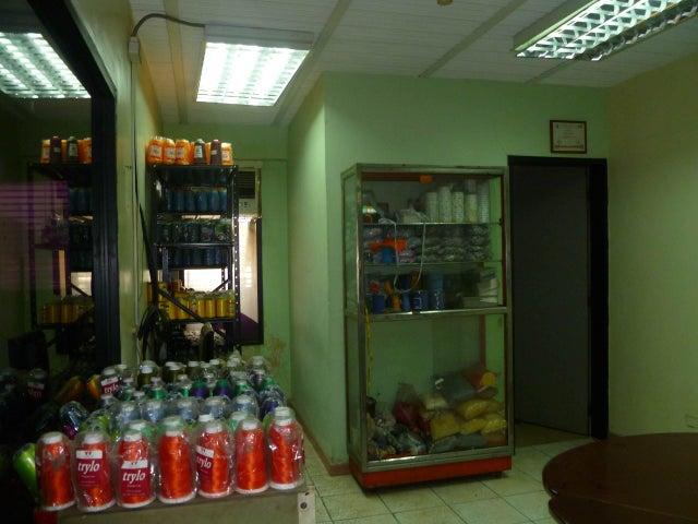 Local Comercial Carabobo>Valencia>San Blas - Venta:37.300 Precio Referencial - codigo: 19-11324