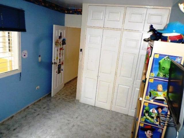 Casa Miranda>Charallave>Vista Linda - Venta:80.000 Precio Referencial - codigo: 19-11181