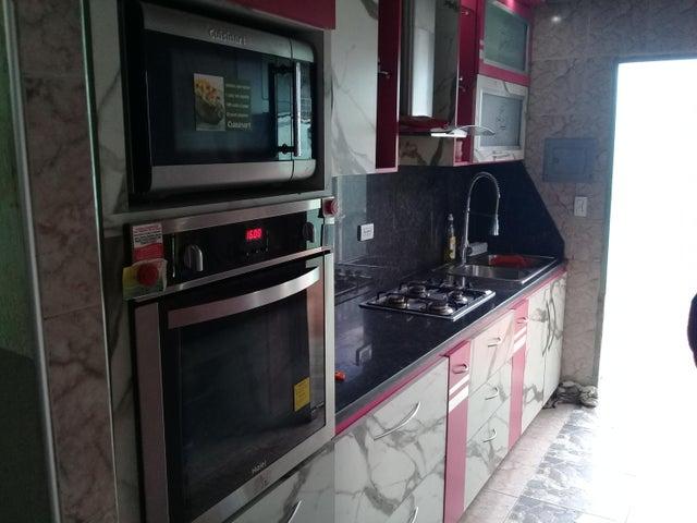 Casa Lara>Cabudare>La Morenera - Venta:22.000 Precio Referencial - codigo: 19-11188