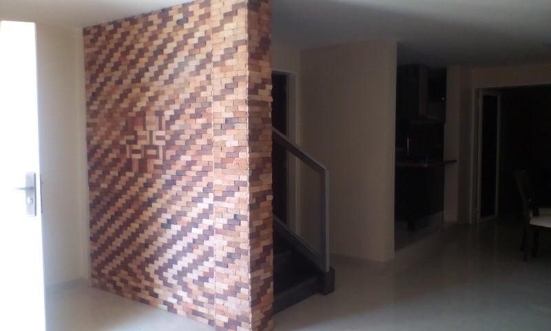 Townhouse Falcon>Punto Fijo>El Cardon - Venta:45.000 Precio Referencial - codigo: 19-11191