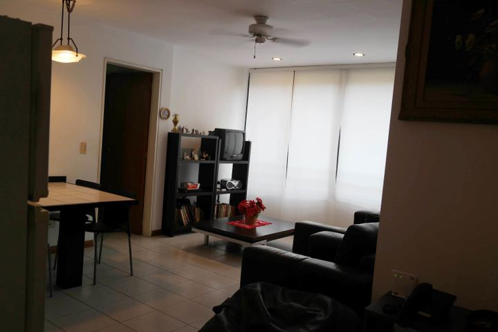 Apartamento Distrito Metropolitano>Caracas>El Cafetal - Alquiler:300 Precio Referencial - codigo: 19-11205