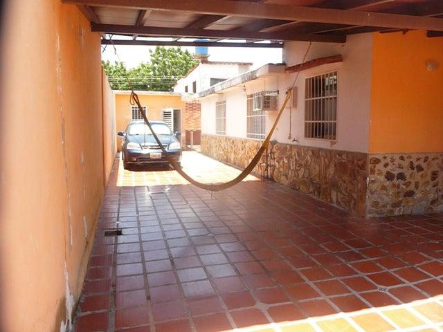Casa Aragua>Santa Cruz de Aragua>Corocito - Venta:16.000 Precio Referencial - codigo: 19-11229