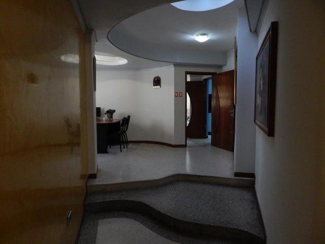 Casa Zulia>Maracaibo>Tierra Negra - Alquiler:500 Precio Referencial - codigo: 19-11258
