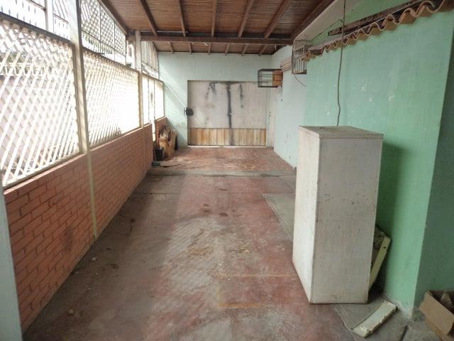 Casa Lara>Cabudare>Parroquia Cabudare - Venta:18.000 Precio Referencial - codigo: 19-11292