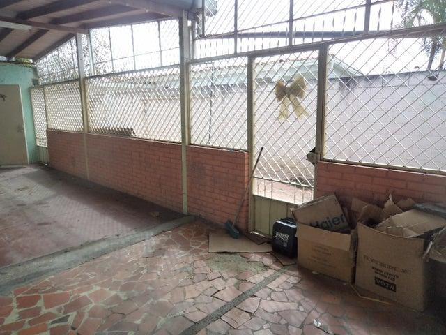 Casa Lara>Cabudare>Parroquia Cabudare - Venta:15.000 Precio Referencial - codigo: 19-11292