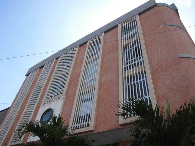 Local Comercial Carabobo>Valencia>La Candelaria - Venta:10.500 Precio Referencial - codigo: 19-11688