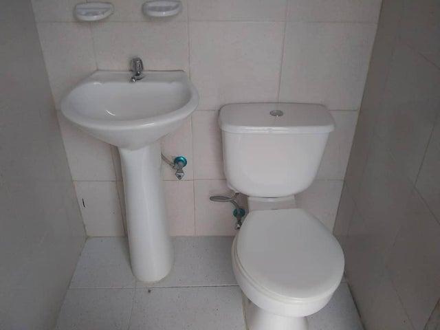 Casa Lara>Cabudare>Parroquia Agua Viva - Venta:25.000 Precio Referencial - codigo: 19-11387
