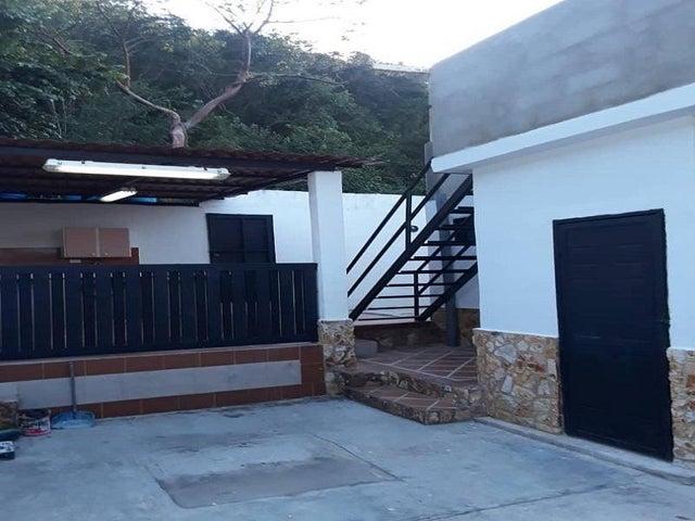 Casa Aragua>Ocumare de la Costa>El Playon - Venta:6.500 Precio Referencial - codigo: 19-11413