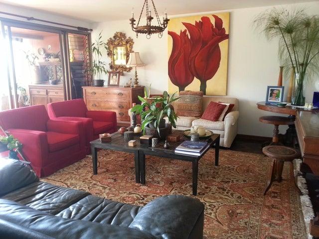 Apartamento Distrito Metropolitano>Caracas>Los Naranjos del Cafetal - Venta:285.000 Precio Referencial - codigo: 19-11424