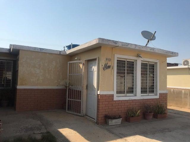 Casa Falcon>Punto Fijo>Pedro Manuel Arcaya - Venta:10.500 Precio Referencial - codigo: 19-11430