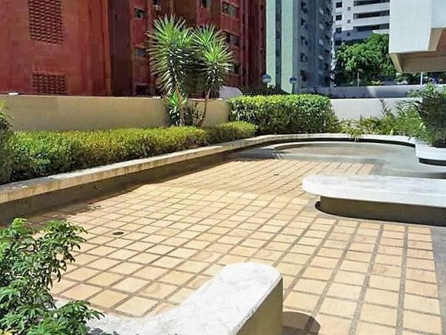 Apartamento Distrito Metropolitano>Caracas>El Rosal - Venta:135.000 Precio Referencial - codigo: 19-11441