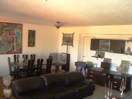 Apartamento Distrito Metropolitano>Caracas>Terrazas del Club Hipico - Venta:120.000 Precio Referencial - codigo: 19-11447