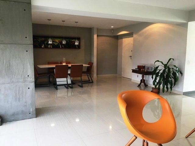 Apartamento Distrito Metropolitano>Caracas>Colinas de Valle Arriba - Alquiler:3.500 Precio Referencial - codigo: 19-11445
