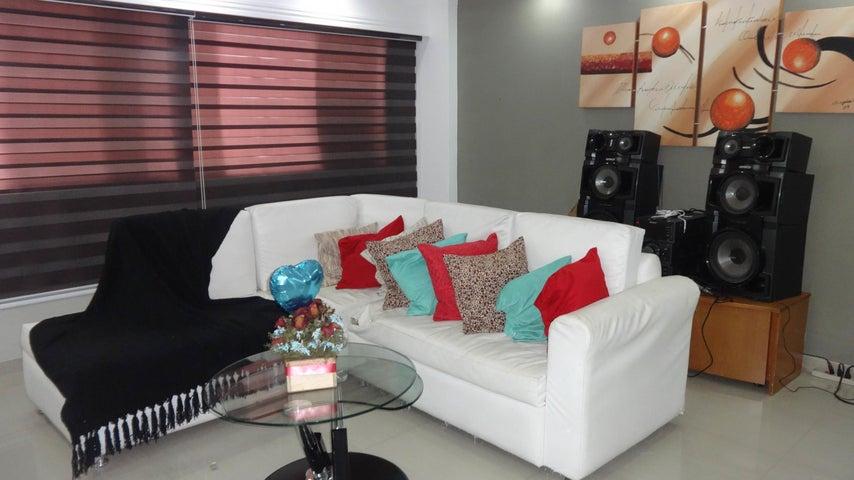 Apartamento Distrito Metropolitano>Caracas>El Valle - Venta:35.000 Precio Referencial - codigo: 19-11444