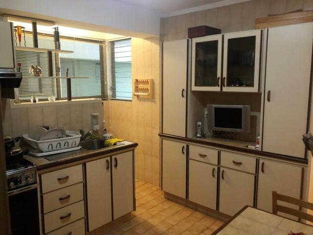 Apartamento Distrito Metropolitano>Caracas>Terrazas del Avila - Venta:65.300 Precio Referencial - codigo: 19-11453