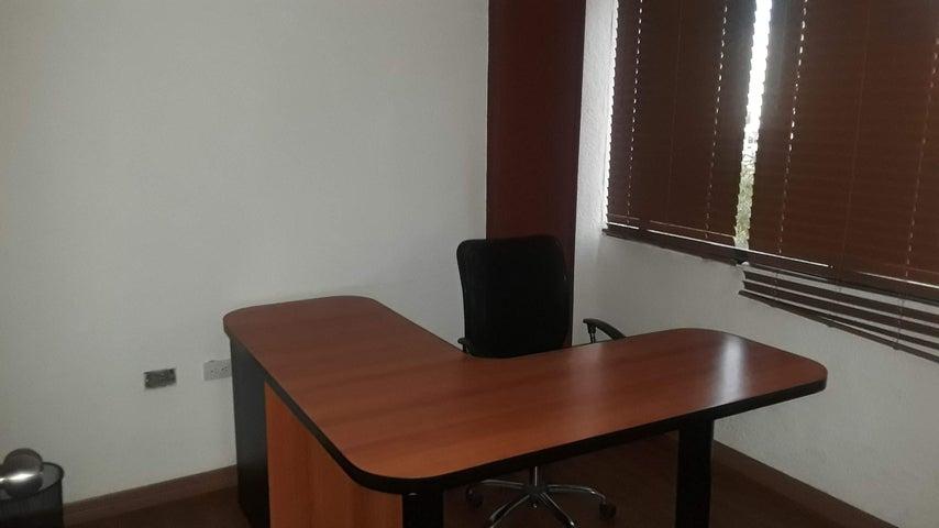 Local Comercial Lara>Barquisimeto>Zona Este - Alquiler:220 Precio Referencial - codigo: 19-11479