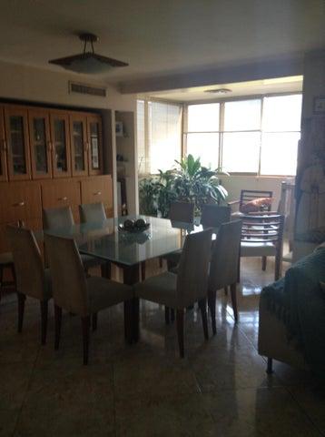 Apartamento Anzoategui>Puerto La Cruz>La Tinia - Venta:59.000 Precio Referencial - codigo: 19-11481