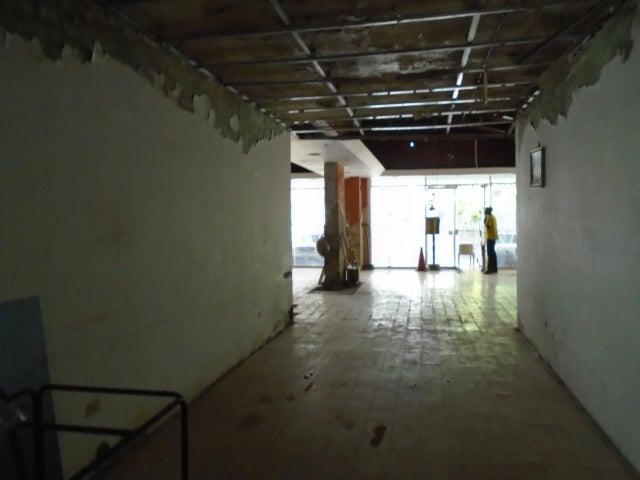 Casa Distrito Metropolitano>Caracas>La Castellana - Venta:1.000.000 Precio Referencial - codigo: 19-11533