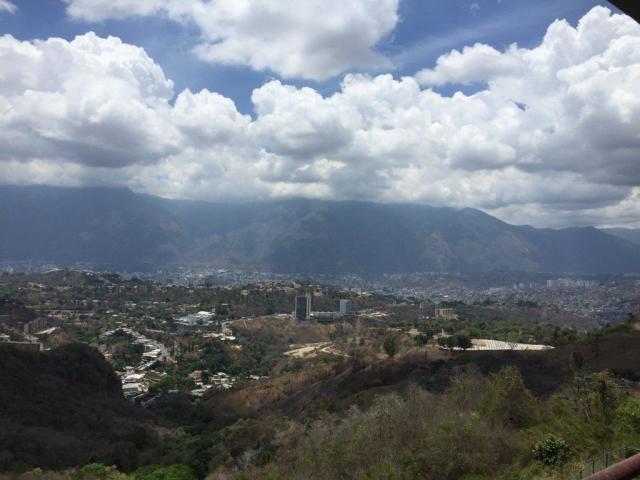 Apartamento Distrito Metropolitano>Caracas>Solar del Hatillo - Venta:88.000 Precio Referencial - codigo: 19-11499