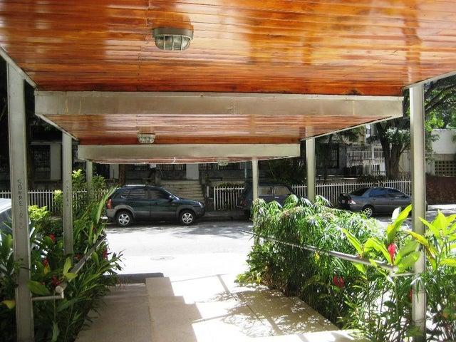 Apartamento Distrito Metropolitano>Caracas>Los Palos Grandes - Venta:85.000 Precio Referencial - codigo: 19-11494