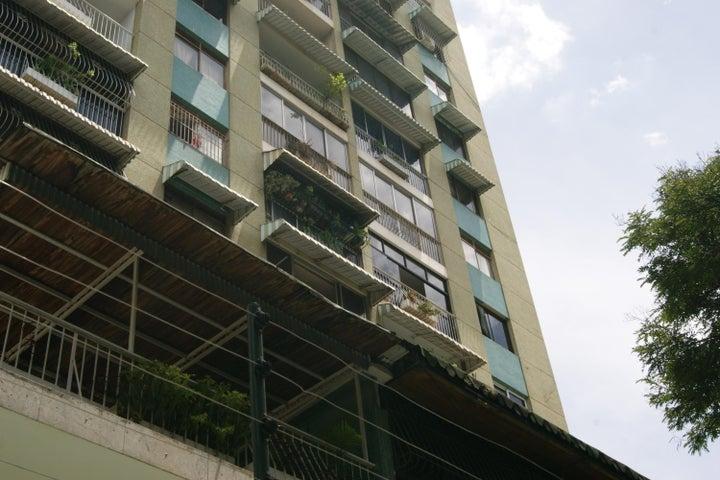 Local Comercial Distrito Metropolitano>Caracas>Los Rosales - Alquiler:150 Precio Referencial - codigo: 19-11503