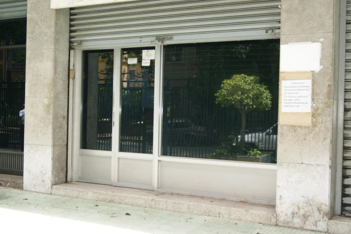 Local Comercial Distrito Metropolitano>Caracas>Los Rosales - Venta:35.000 Precio Referencial - codigo: 19-11505