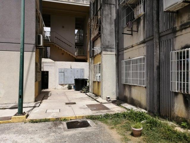 Apartamento Lara>Cabudare>La Mora - Venta:8.500 Precio Referencial - codigo: 19-11509