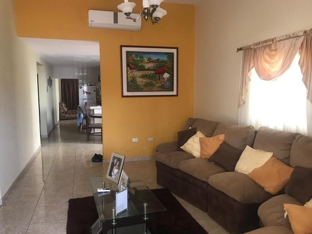 Casa Falcon>Punto Fijo>Dona Emilia - Venta:35.000 Precio Referencial - codigo: 19-11518