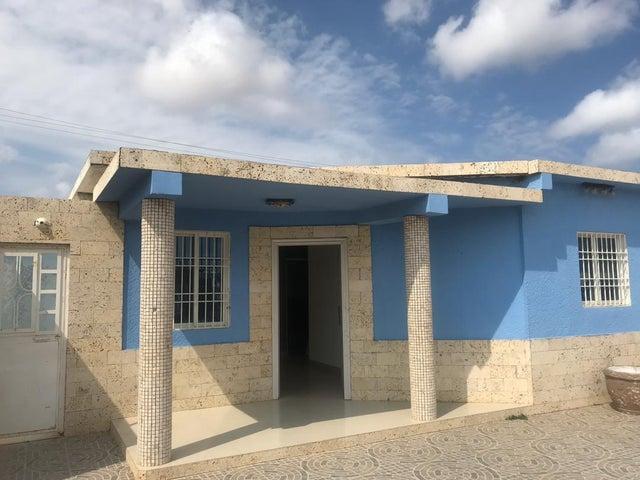 Casa Falcon>Punto Fijo>Los Caciques - Venta:40.000 Precio Referencial - codigo: 19-11521