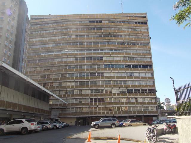 Local Comercial Distrito Metropolitano>Caracas>Sabana Grande - Venta:50.000 Precio Referencial - codigo: 19-11540