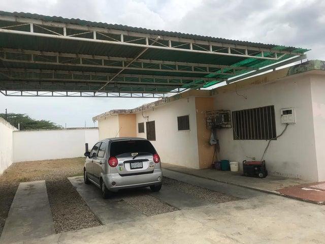 Casa Falcon>Punto Fijo>Puerta Maraven - Venta:30.000 Precio Referencial - codigo: 19-11524