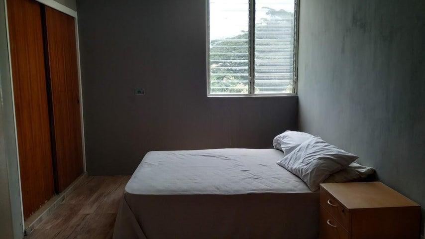 Apartamento Carabobo>Valencia>Piedra Pintada - Venta:24.500 Precio Referencial - codigo: 19-11532