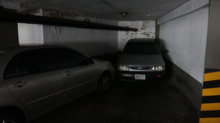 Apartamento Distrito Metropolitano>Caracas>Colinas de Bello Monte - Venta:90.000 Precio Referencial - codigo: 19-11563