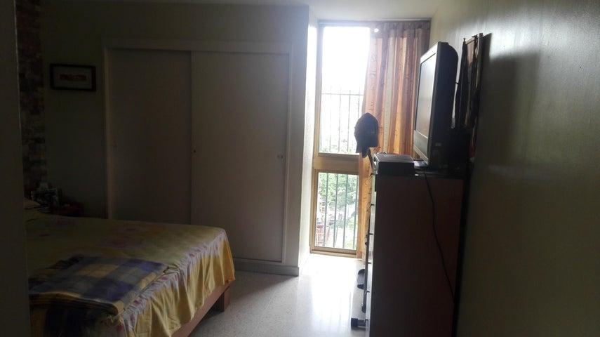Apartamento Distrito Metropolitano>Caracas>La Paz - Venta:55.000 Precio Referencial - codigo: 19-11559