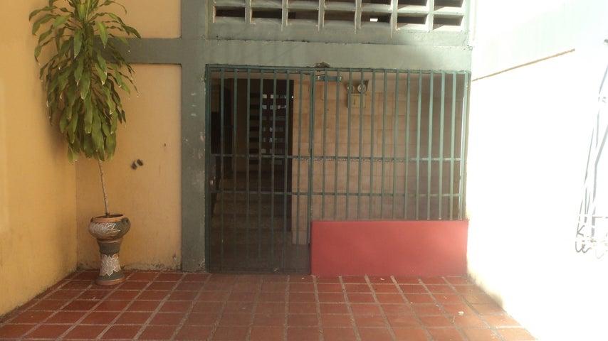 Apartamento Lara>Barquisimeto>Patarata - Venta:14.500 Precio Referencial - codigo: 19-11562