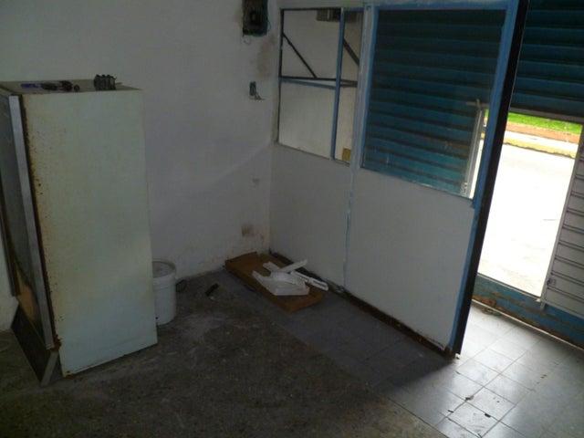 Local Comercial Carabobo>Valencia>Centro - Venta:48.000 Precio Referencial - codigo: 19-11568