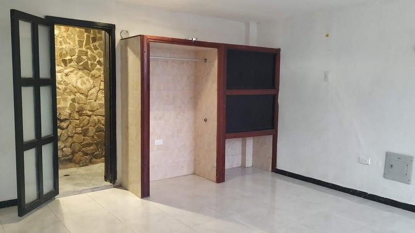 Apartamento Carabobo>Valencia>Piedra Pintada - Venta:13.800 Precio Referencial - codigo: 19-11582