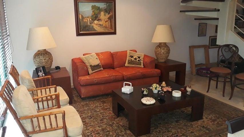Apartamento Distrito Metropolitano>Caracas>Escampadero - Venta:250.000 Precio Referencial - codigo: 19-11577