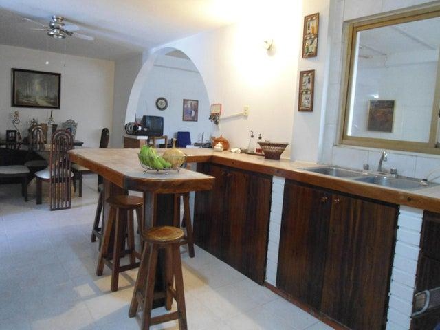 Casa Aragua>La Victoria>Morichal - Venta:90.000 Precio Referencial - codigo: 19-11581