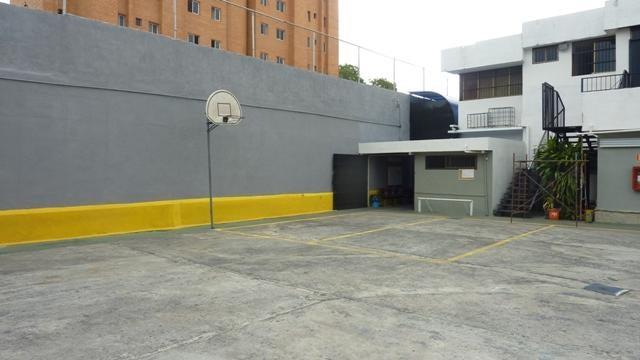Galpon - Deposito Distrito Metropolitano>Caracas>Montecristo - Alquiler:400 Precio Referencial - codigo: 19-11588