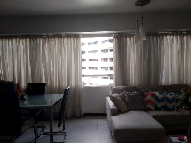 Apartamento Distrito Metropolitano>Caracas>Lomas del Avila - Venta:22.000 Precio Referencial - codigo: 19-11592