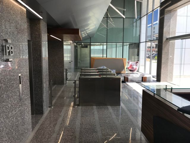 Oficina Distrito Metropolitano>Caracas>Las Mercedes - Alquiler:1.100 Precio Referencial - codigo: 19-11600